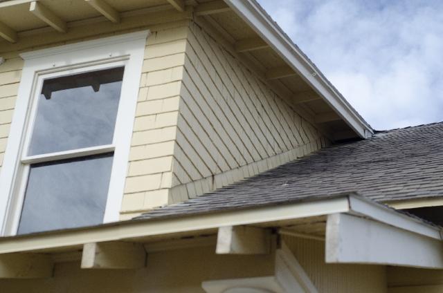 断熱塗料と遮熱塗料の何が違う?その効果やメリットについて